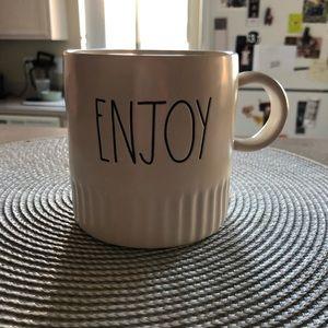 NWT Rae Dunn 2019 style mug